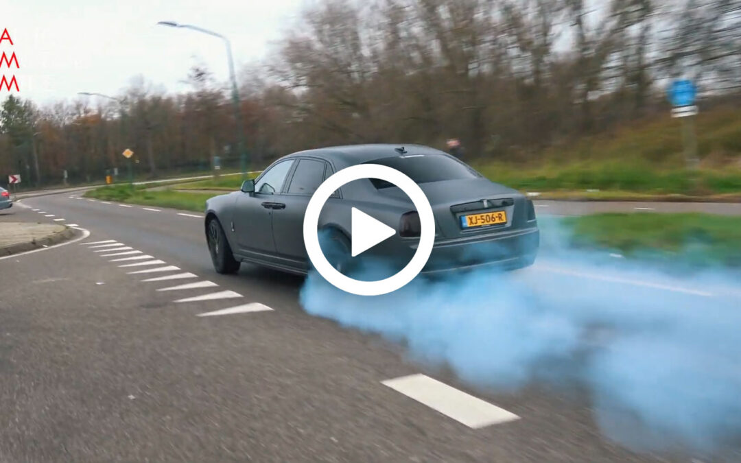 Video – Foutste Ghost van Nederland doet burn-outs
