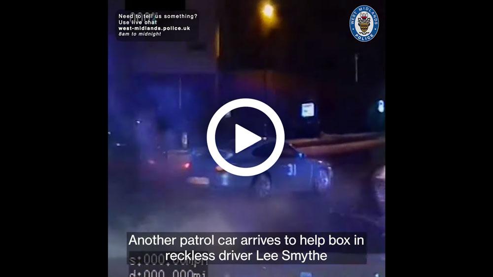Britse politie rijdt gestolen Porsche 996 GT3 klem [video]