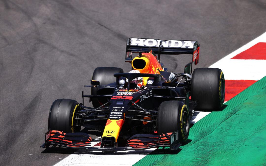 Video: Max Verstappen doet alvast de GP van Spanje